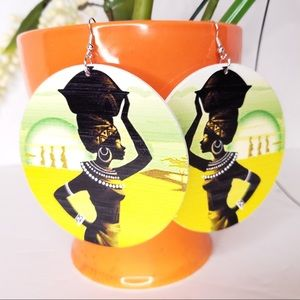 Jewelry - New Large African Queen Boho Chic Dangle Earrings